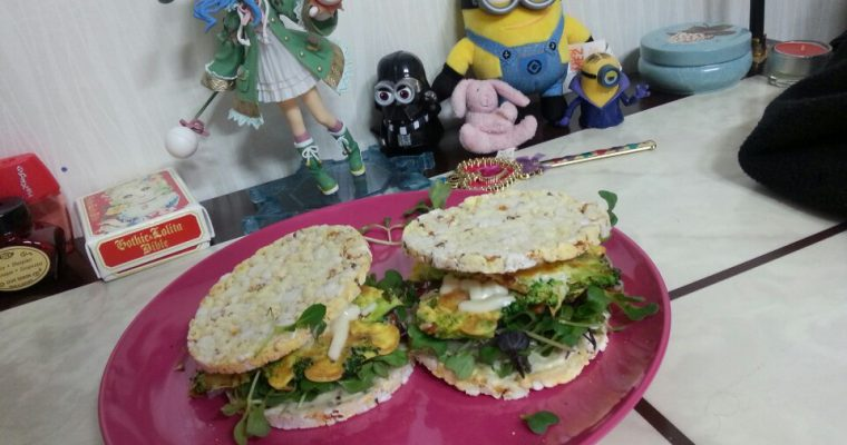 Broccoli & Spam Omelet on Corn Thins
