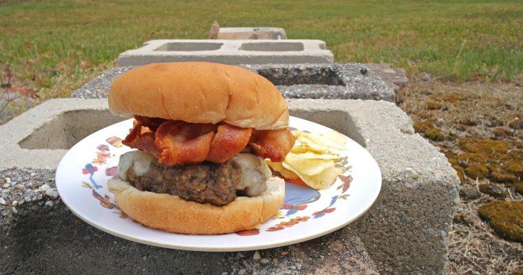 Bacon Cheeseburger on white bun